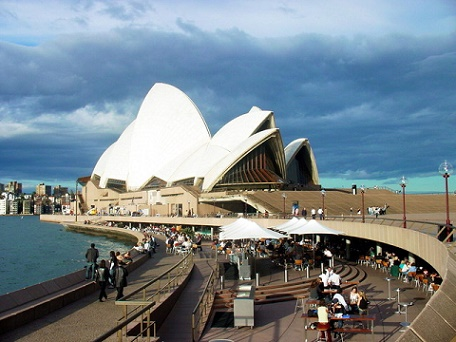 opera house sydney harbor